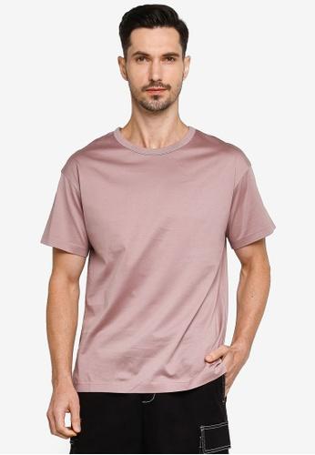 URBAN REVIVO red Casual T-Shirt AD322AAB49FA0BGS_1