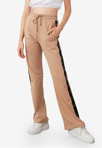 Trendyol brown Side Striped Straight Cut Sweatpants CDD25AAF295B3CGS_1
