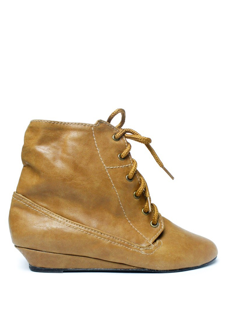 Serena Lace-Up Wedge Boots