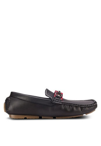 UniqTee black Driving Moccasins with Buckle Detail UN097SH22RFLMY_1