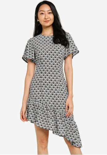 ZALORA BASICS black and multi Puff Sleeve Asymmetric Hem Dress 2BEE7AA2D5649AGS_1