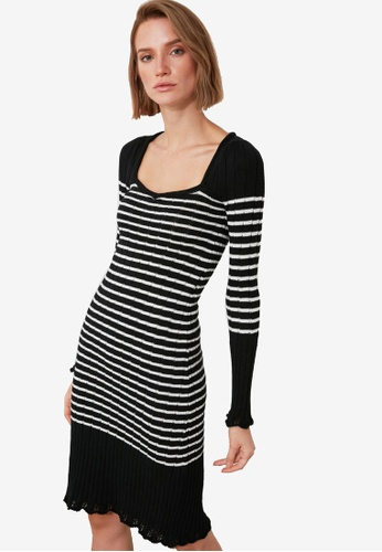 Trendyol black Ruffle Trim Stripe Sweater Dress 94F5AAA8B4CC95GS_1
