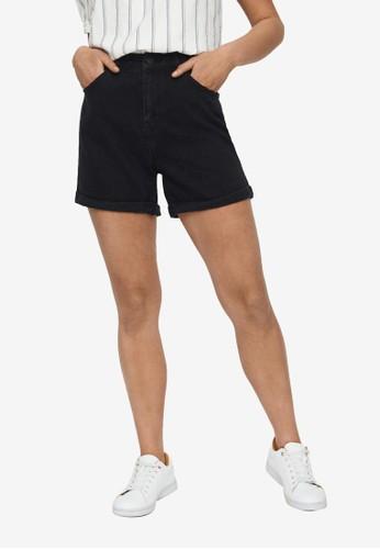 Vero Moda black Nineteen High Waisted Shorts E3FB0AA3232D7DGS_1