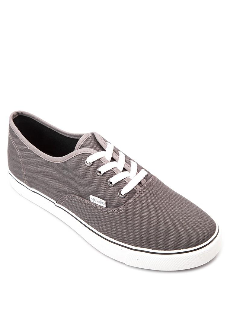GT Bryan Sneakers
