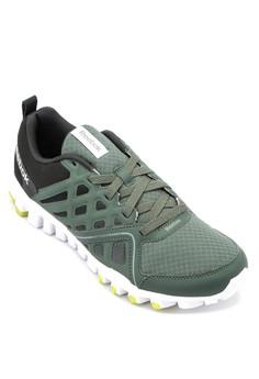 Realflex Train 3.0 Performance Shoes