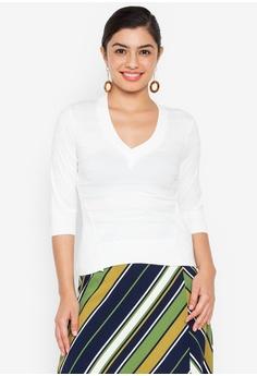 5eda3758e1c9 Wear Kris white Kindhearted V Neck Textured Knit Top 0425EAAC8DE27FGS_1