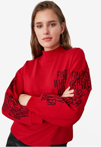 Trendyol red Printed High Neck Knit Sweatshirt A53E3AAA68FDB1GS_1