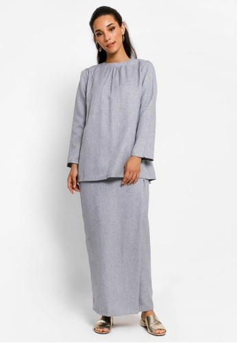 Kurung Lamia in Light Grey from BETTY HARDY in Grey