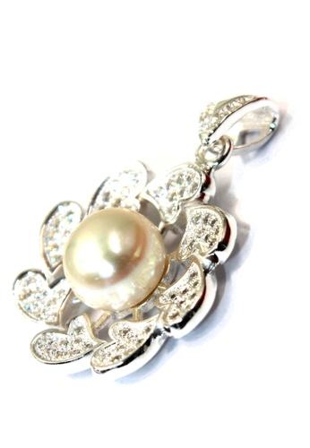 Venice Jewelry silver Gracious Pearl Flower Pendant VE564AC39ZBOPH_1