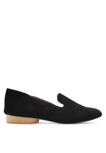 ZALORA 黑色 時尚麂皮樂福鞋 2D495SH3324234GS_1