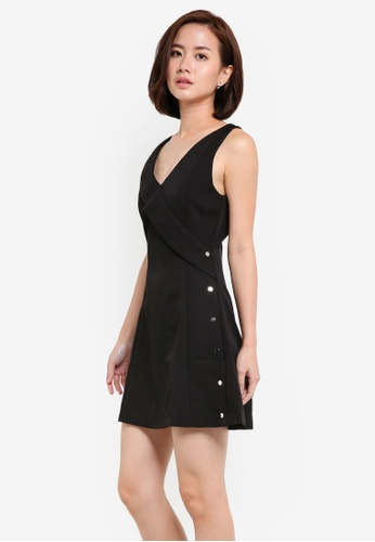 ZALORA black V Neck Fit & Flare Dress with Button Detail D73C9AA6EEE85BGS_1