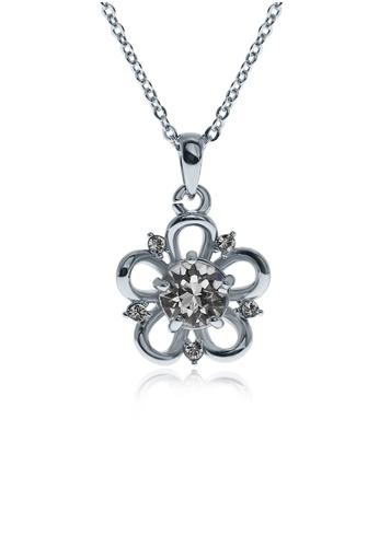 Alfredulla white Ornate Sak Silver Crystal Necklace 40A5FAC71B6707GS_1