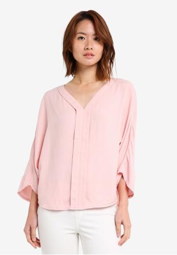 ZALORA pink Dolman Sleeve Blouse 2E70BAA3418E5AGS_1