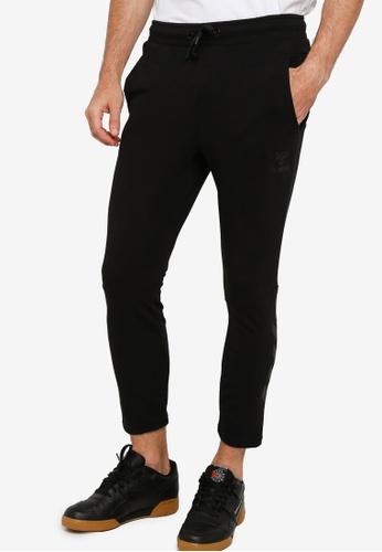 Hummel black Isam Tapered Pants 9C9A3AA554DD5DGS_1