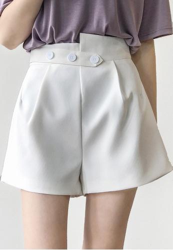 Twenty Eight Shoes white VANSA Solid Color Wide-leg Suit Shorts   VCW-St2027 6E5EFAA238FE6FGS_1