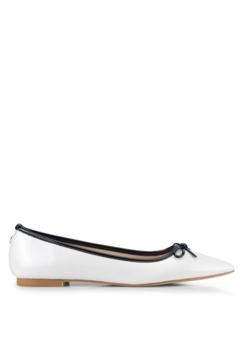 Velvet white Faux Patent Leather Point Toe Flats 25915SH80056B6GS_1