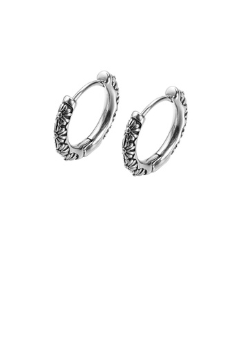 Glamorousky 銀色 簡約個性小雛菊幾何圓圈316L鋼耳釘 698EAACCBAC463GS_1