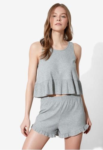 Trendyol 灰色 褶飾無袖 睡衣組 96C39AA93B2F65GS_1