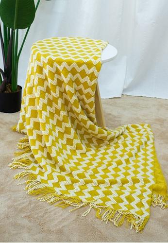 Milliot & Co. yellow Way V Blanket 118E9HL5A7F1EDGS_1