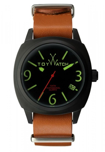 ToyWatch brown Icon CollectionBrown Leather Strap Men Watch TO276AC44COTMY_1