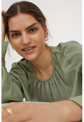 H&M green Crêpe blouse 1920EAA9230B33GS_1