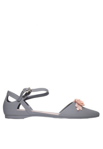 Twenty Eight Shoes grey 3D Flora Ankle Strap Jelly Flats VR5132 C9433SH22E6B18GS_1