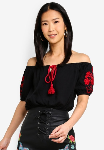 Brave Soul black Gypsy Top With Red Embroidery Down Sleeves 8AE2FAAEEF7E1CGS_1