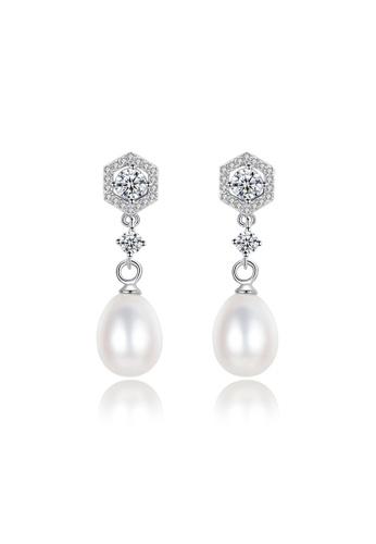A.Excellence white Premium White Pearl Elegant Earring 8BD1EACD400CF1GS_1