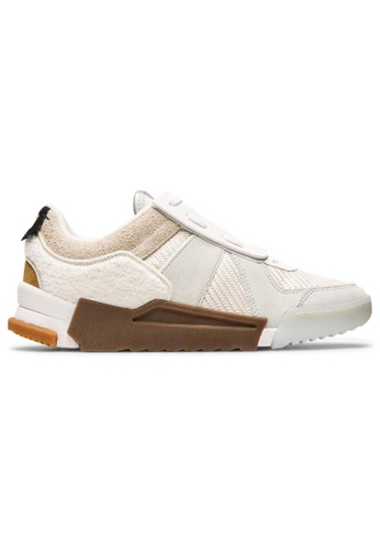 Onitsuka Tiger beige D-TRAINER SLIP-ON 340E4SHEACD1A3GS_1
