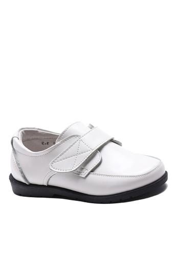 Twenty Eight Shoes 白色 VANSA 真皮學生鞋   VSK-D60515 F0EECKS3262757GS_1