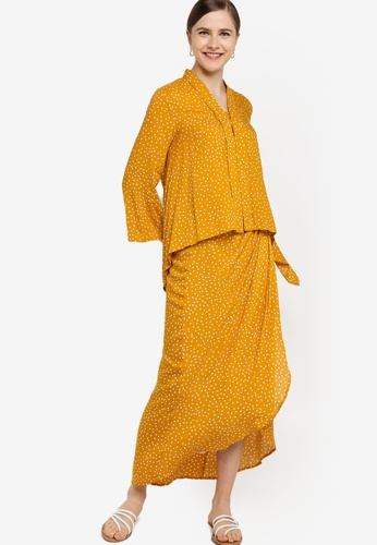 Handkerchief Kebaya With Draped Skirt from Lubna in Yellow