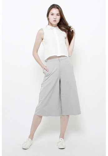 QLOTHE white Tatienne Cropped Collar Top 5565DAA8573724GS_1