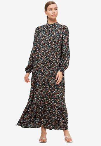 Trendyol 黑色 and 多色 Floral Detail Dress BCEA7AAB494399GS_1