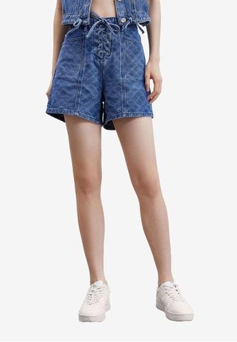 Urban Revivo blue Casual Denim Shorts B4E97AA946A620GS_1