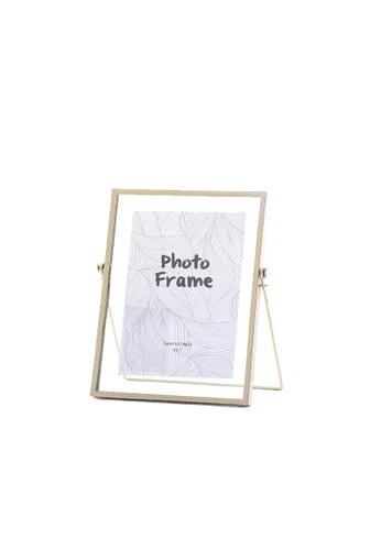 DILAS HOME Gold Floating Photo Frame - Large 1C4D8HLD30892CGS_1