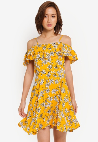 ZALORA yellow Strappy Ruffle Front Fit & Flare Dress 3856FAA78F318BGS_1