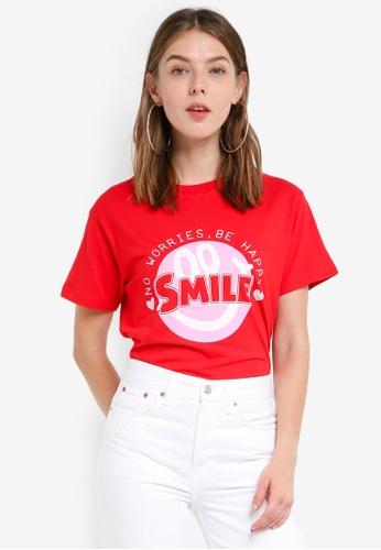 TOPSHOP red Smile Slogan Motif T-Shirt E1D95AAFE2F91FGS_1