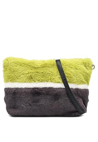 niko and ... green Fur Crossbody Bag BA33CACE691957GS_1