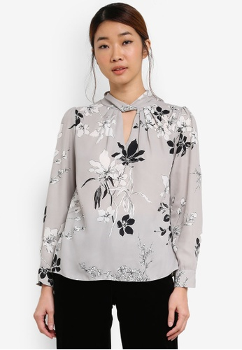 Dorothy Perkins grey Petite Floral Top DO816AA0SF9UMY_1