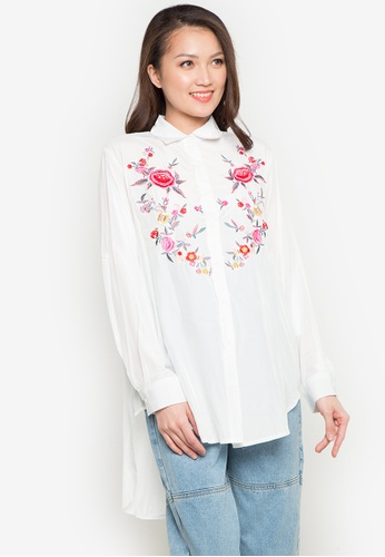 Spring Fling white Floral Embroidered Polo SP673AA0JTZDPH_1