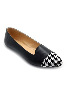 Loafers with Houndstooth Toecap