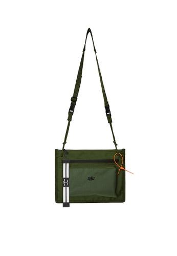 Twenty Eight Shoes Travel Utility Small Bag 208AI2019 574ECAC7DE83A6GS_1