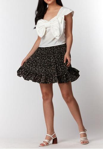 What To Wear black Flounced Hem Pleat Short Skirt in Black D8043AAAD4EA1EGS_1