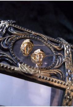 gold criss cross earrings