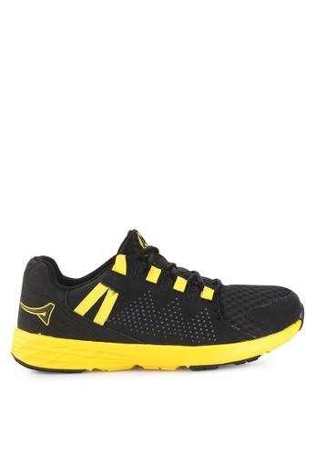 Ardiles black Men Malovic Running Shoes AR073SH0UM19ID_1
