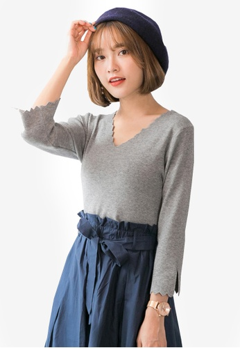 Tokichoi grey V-neck Wavy Hem Top 7E15FAA4F1B590GS_1
