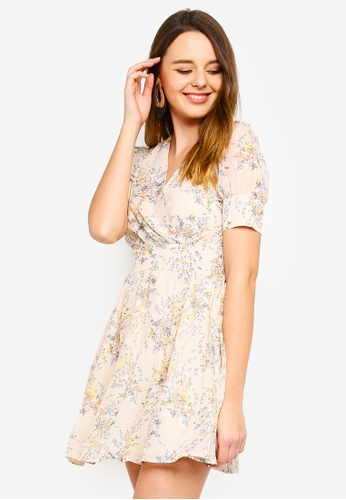 ZALORA multi and beige Fit And Flare Short Sleeves Dress 97458AA3B28175GS_1