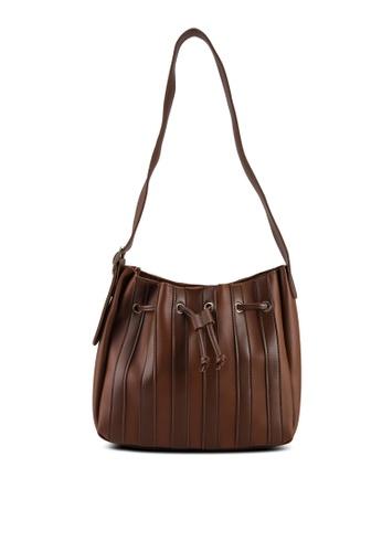 Red's Revenge brown Pleated Hobo Shoulder Bag 73160ACBDB1611GS_1