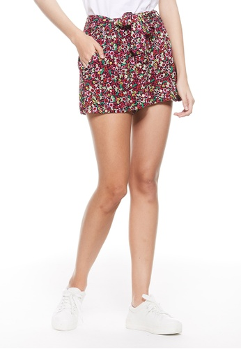 United Colors of Benetton red Printed Shorts 9827EAA49511A7GS_1