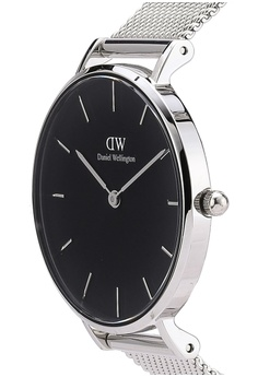 Daniel Wellington Classic Petite Sterling Watch 32MM RM 740.00. Sizes One Size
